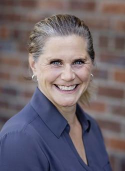 Chiropractic Canby OR Elizabeth Stultz Insurance Coordinator